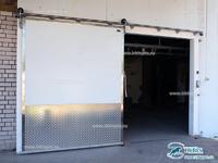 Холодильная дверь Ирбис откатного типа