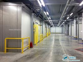 Оснащение склада дверями для помещений с РГС