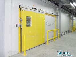 Холодильная откатная дверь для помещения с регулируемой газовой средой
